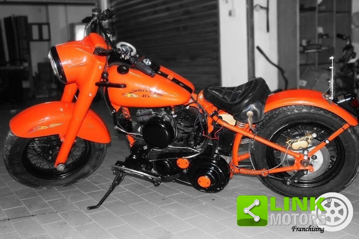 HARLEY-DAVIDSON MODEL WLA DEL 1942, UNIPROPRIETARIO, CUSTOMIZZATA