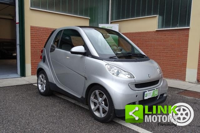 SMART - FORTWO - 1000 52 KW MHD COUPÉ PULSE