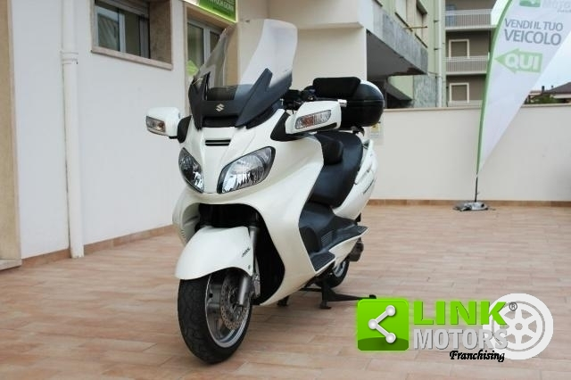 SUZUKI BURGMAN AN 650 EXECUTIVE ABS DEL 2010,