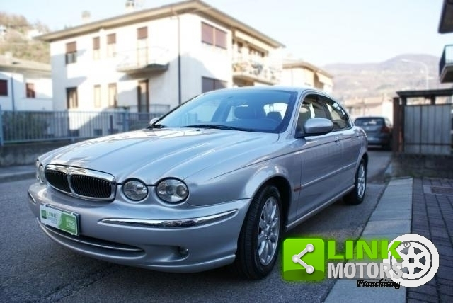 JAGUAR X-TYPE YEAR 2002 WELL KEPT AND READY TO DRIVE