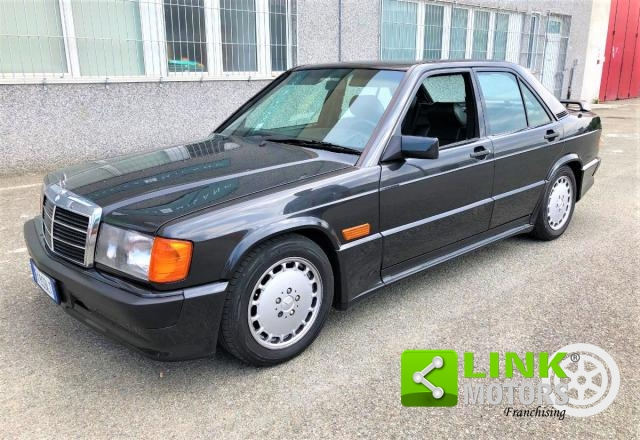 MERCEDES - 190 - E-16 TOTALMENTE RESTAURATA