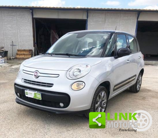 FIAT - 500 L - 0.9 TWINAIR TURBO NATURAL POWER EASY! TETTO APRIBILE!SENSORI! NAVI GPS!