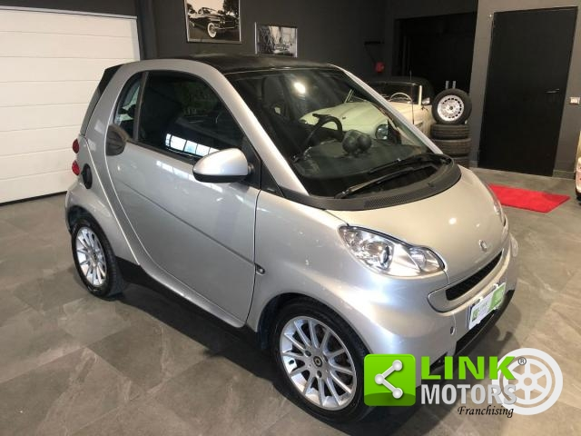 SMART - FORTWO - 1000 52 KW MHD COUPÉ PASSION